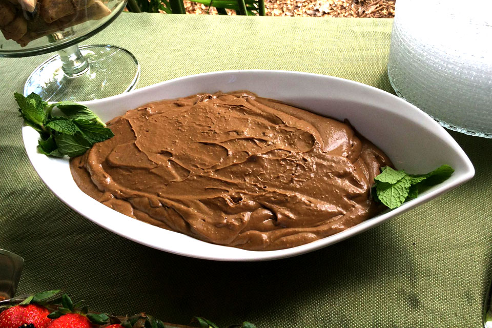 raw vegan chocolate pudding